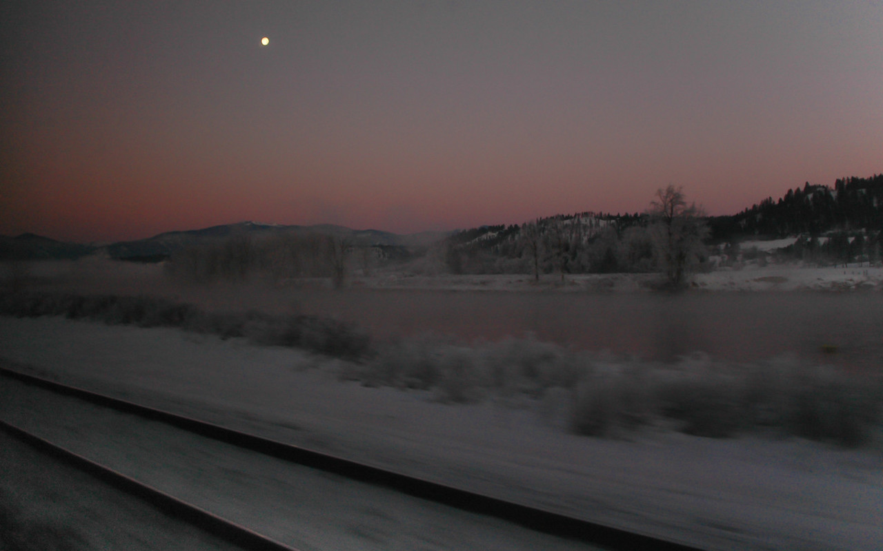 Sunrise on the Empire Builder, Montana