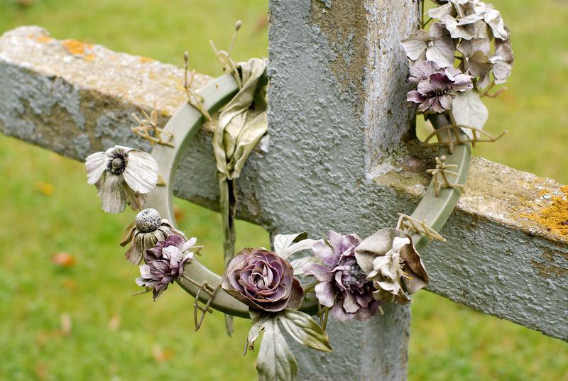 KennedyYear2008;Cemetery;Cross