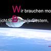 """Wir brauchen morgen nicht leben wie gestern, es gibt tausend Möglichkeiten an der ZUKUNFT zu arbeiten! - WBG Zukunft eG - KW17 - Karrideo Imagefilm ©®™<br /> <br /> produziert von Karrideo <a href=""""http://www.web-tv-produktion.de/"""">http://www.web-tv-produktion.de/</a> bzw. <a href=""""http://www.imagefilm-produktion.com/"""">http://www.imagefilm-produktion.com/</a><br /> <br /> Einladung zur Raumfahrt-Show 2019 bzw. zur Premiere der deutschlandweiten Vorstellungen am 07.06.2019 in Erfurt!<br /> <br /> 10.00–12.30 Uhr: Schulveranstaltung<br /> 18.00–20.00 Uhr: Familienabend<br /> <br /> Eintritt:<br /> <br /> Schüler bis 15 Jahre: Eintritt frei<br /> ab 16 Jahre: 13 €<br /> <br /> Mehr Informationen:<br /> <br /> <a href=""""http://www.spielplatz-der-generationen.de/spielplatz-der-generationen----raumfahrt02.html"""">http://www.spielplatz-der-generationen.de/spielplatz-der-generationen----raumfahrt02.html</a><br /> <br /> Zur Wohnungsbaugenossenschaft Zukunft eG: Unsere Genossenschaft gehört zu den großen Wohnungsunternehmen in Thüringen, vermietet Wohnraum an mehr als 13.000 Menschen. Alle unsere Immobilien liegen im Norden der Stadt, genauer im Rieth bzw. Tiergarten, Roter Berg, Johannesplatz und Nordhäuser Wohngebiet - einschließlich rund 320.000 Quadratmeter Außenanlagen –Grünflächen, Spiel- und Parkplätzen.<br /> <br /> - Weitere Informationen zur WBG Zukunft eG erhalten Sie hier <a href=""""http://www.wbg-zukunft.de/"""">http://www.wbg-zukunft.de/</a> und <a href=""""http://www.wohnblog-erfurt-nord.de/"""">http://www.wohnblog-erfurt-nord.de/</a> und <a href=""""https://www.facebook.com/Wohnblog-Erfurt-Nord-573145796166023/"""">https://www.facebook.com/Wohnblog-Erfurt-Nord-573145796166023/</a> und <a href=""""https://de-de.facebook.com/WBGZukunft"""">https://de-de.facebook.com/WBGZukunft</a> und neu auch hier <a href=""""https://www.youtube.com/c/WohnungsbaugenossenschaftZukunft"""">https://www.youtube.com/c/WohnungsbaugenossenschaftZukunft</a><br /> <br /> - Mehr zu Filmproduktion von und mit Karrideo """
