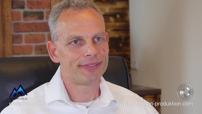 Mike Seidl - Börsenprofi und Inhaber der investorschule.de - Interview mit Karrideo Imagefilm-Produktion©®™