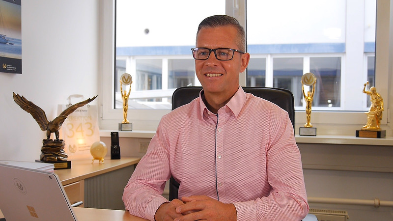 Karrierecoach Simon Hupfer - Direktion für Deutsche Vermögensberatung DVAG - Teil 1 von 4 - Karrideo Imagefilmproduktion©®™