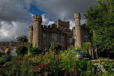 Auguill Castle
