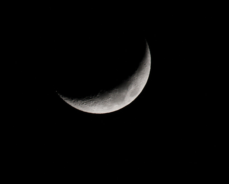 Crescent Moon - Taken on 18Apr2010