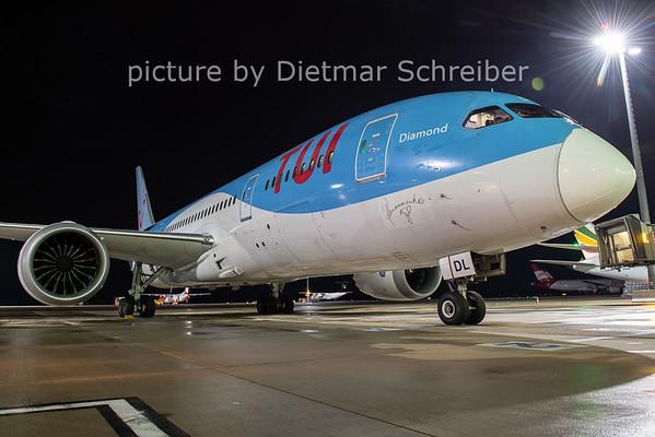2020-11-02 OO-JDL Boeing 787-8 Tuifly Belgium