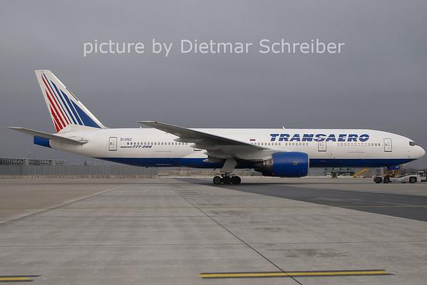 2011-03-28 EI-UNZ Boeing 777-200 Transaero