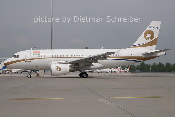 2011-04-27 VH-IAH Airbus A319