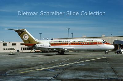 1988-01 N38641 Douglas DC9-14 (c/n 47060) Continental´s Houston Proud Express