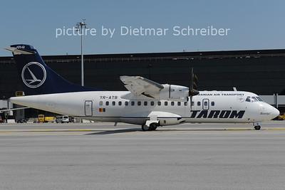2011-05-31 YR-ATB ATR42 Tarom