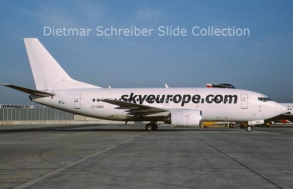 2009-08 LY-AWG Boeing 737-522 (c/n 26700) Skyeurope