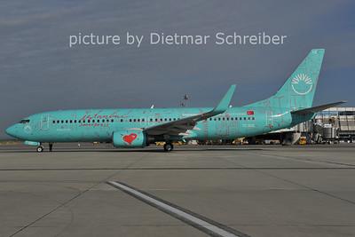 2011-07-12 TC-SUZ Boeing 737-800 Sunexpress