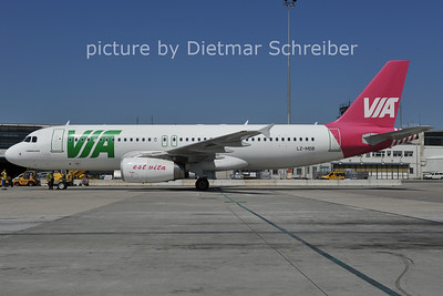 2011-07-12 LZ-MDB Airbus A320 AIr Via