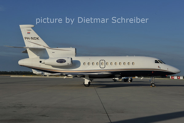 2011-07-12 PH-NDK Falcon 900