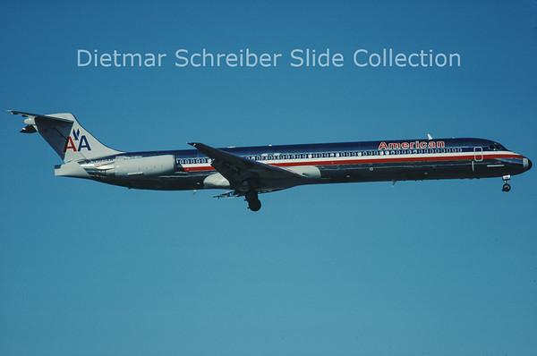 2000-11 N565AA MDD MD83 (c/n 49347) American Airlines
