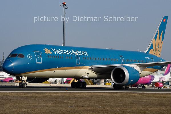 2021-02-23 VN-A861 Boeing 787-9 Vietnam Airlines
