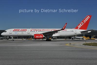 2011-09-30 G-LSAK Boeing 757-200 Jet2
