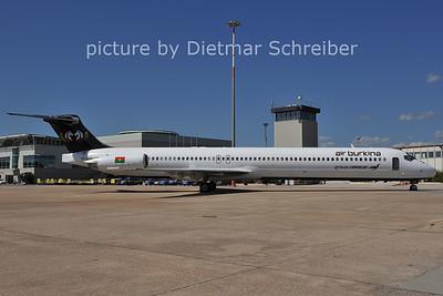 2011-09-23 XT-ABF MD80 Air Burkina