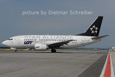 2012-05-28 SP-LKE Boeing 737-500 LOT