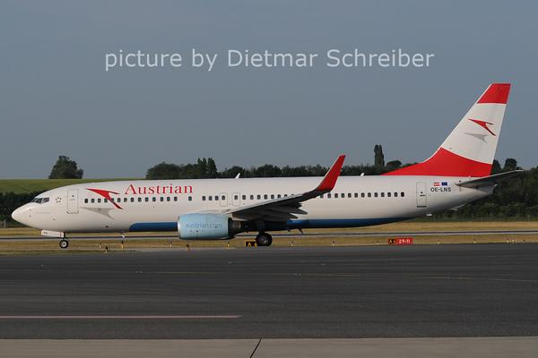 2012-05-30 OE-LNS Boeing 737-800 Austrian AIrlines