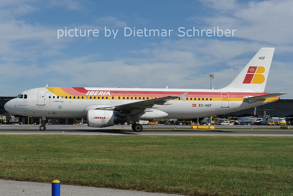 2012-09-26 EC-HSF Airbus A320 Iberia