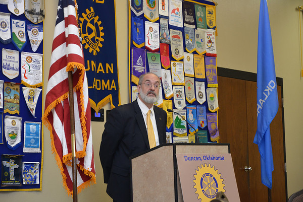 Cameron University president at Duncan Rotary. <br /> <br /> Photographer's Name: Steve  Olafson<br /> Photographer's City and State: Duncan, OK