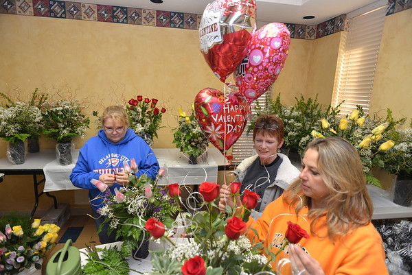 Valentine's Day behind the scenes. <br /> <br /> Photographer's Name: Steve  Olafson<br /> Photographer's City and State: Duncan , OK