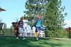 BlackButteRanch-golf_Glaze-Meadow-putt-kids_KateThomasKeown_DSC9324e