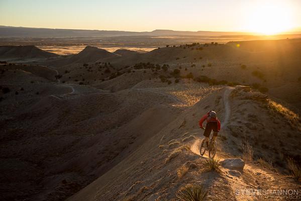 Steve Shannon riding Joe's ridge, one of the many trails in Fruita, Colorado.