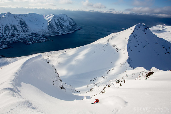 Skiing in Iceland