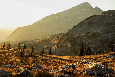 Matt Yaki & Sahanna Browning ride alpine singletrack at Sol Mountain Lodge, BC.