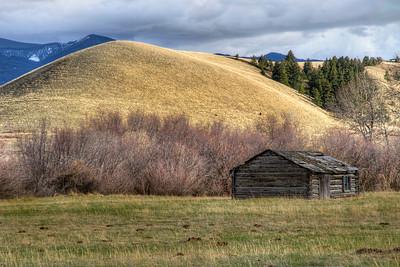 Meadow Muffins Hall, Montana