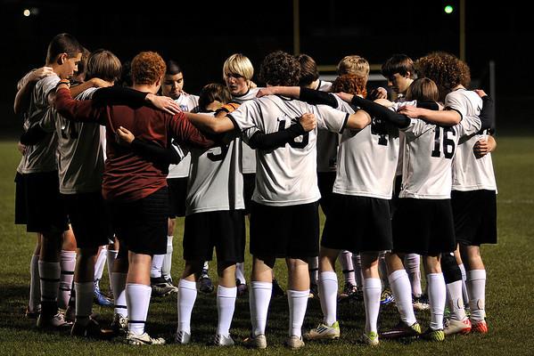 3 6 12 Boys V Soccer 834