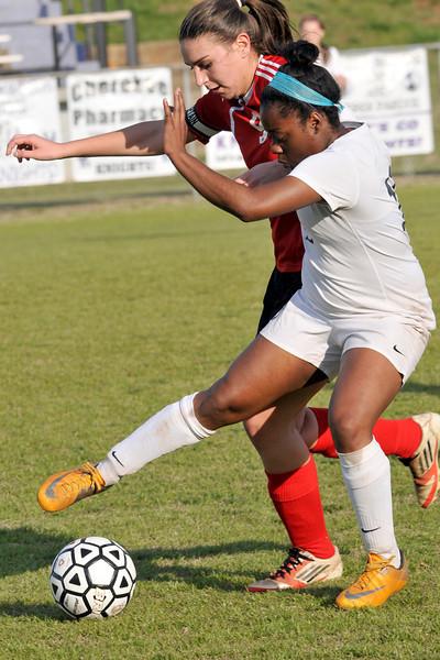 3 21 14 V girls soccer 231