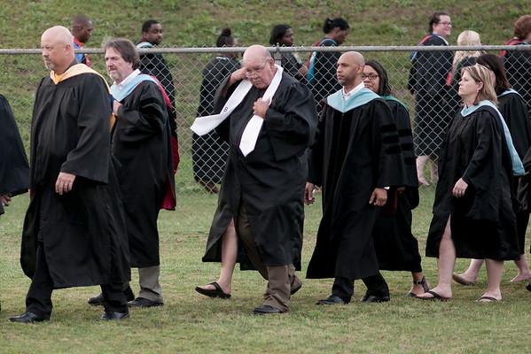 UL Graduation c 164