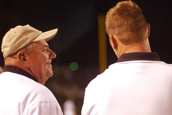 coaches 28