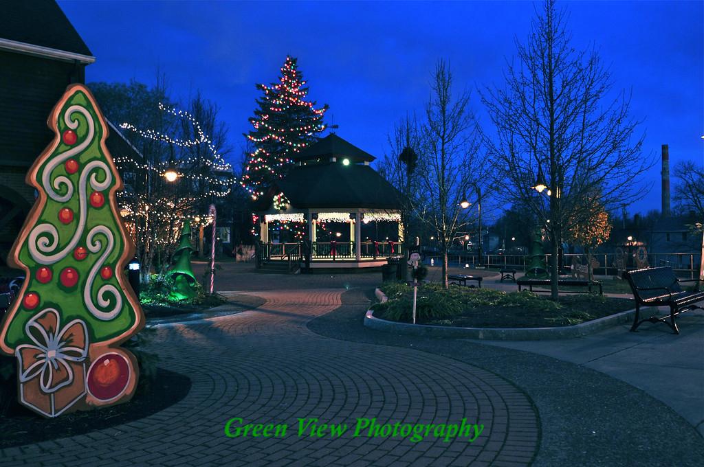 Fairport Christmas Gazebo