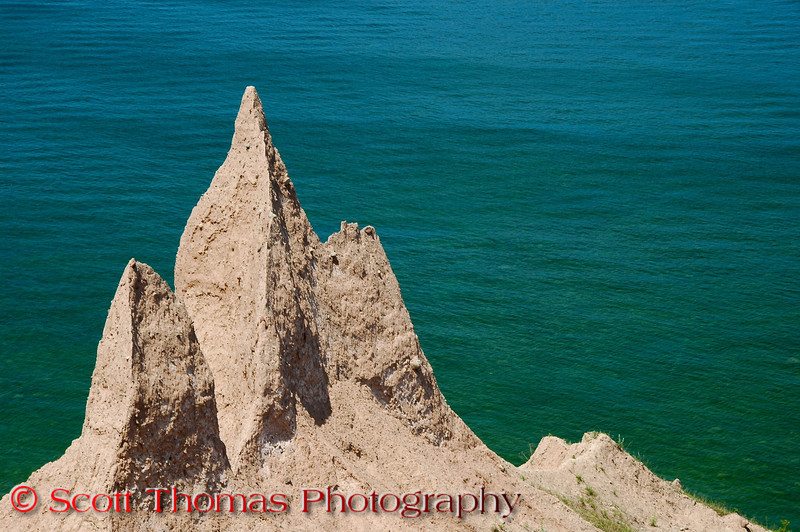 Sharp pinnacles made up of clay and rocks in the Chimney Bluffs State Park near Sodus, New York.