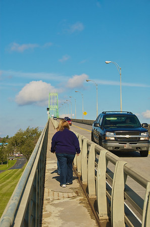 Walking the US span of the 1000 Islands Bridge complex from the New York side near the 1000 Islands Visitor Center.