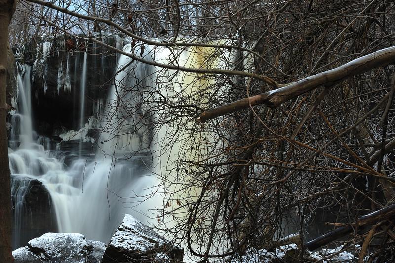 Akron Falls 121811 20-approaching at creek level DSC_6663