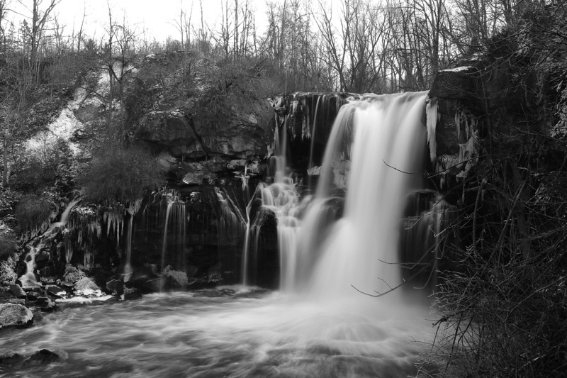 Akron Falls 121811 51 bw DSC_6714