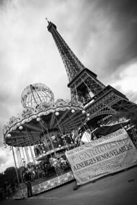 La Tour Eiffel et Son Manege