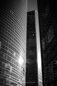 Paris, Un Jour D' Aout 2018, La Défense