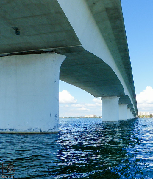 SRQ  Bridge - from underneath.
