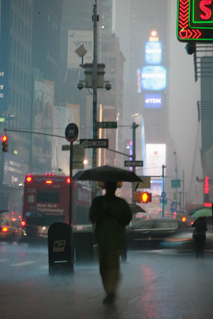 DRIZZLY DUSK, NYC