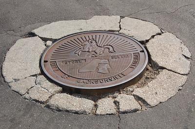 Jacksonville, FL manhole problems