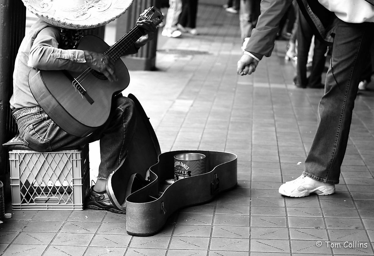 street musician b&w edit img_5818