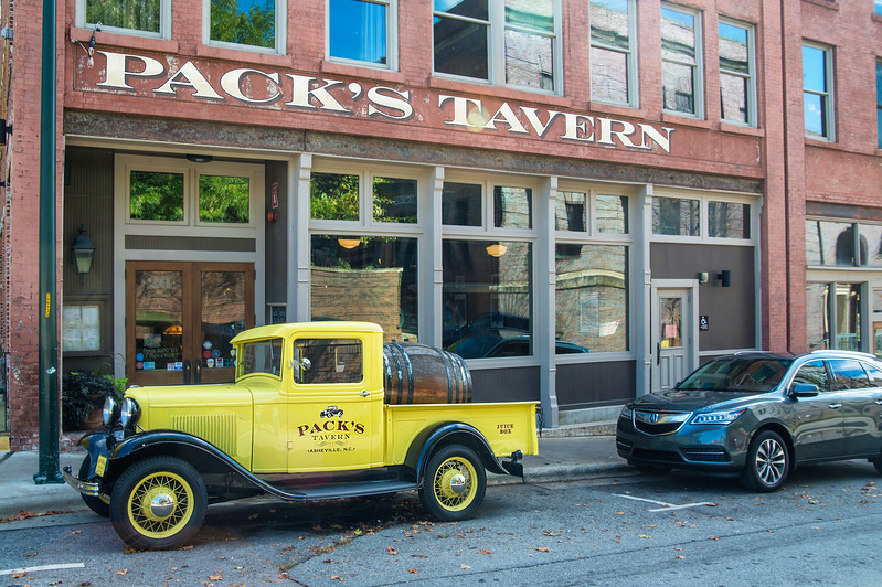 Pack's Tavern, Downtown Asheville