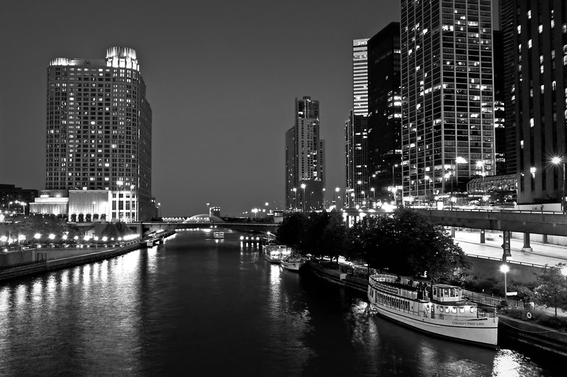 CHI 044<br />  A quiet night on the Chicago River in downtown Chicago, Illinois.