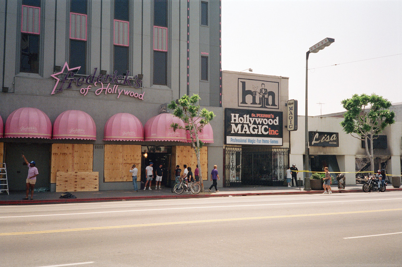 1992 Los Angeles Riot Damage - 8 of 34