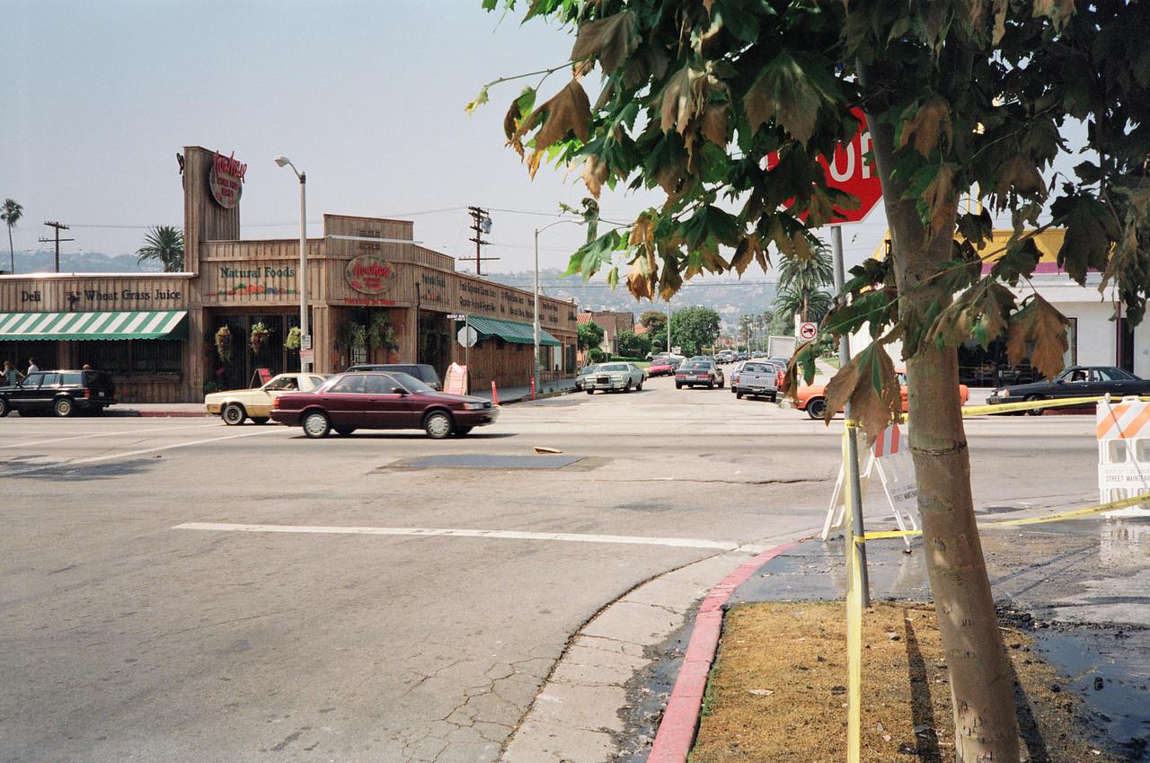 1992 Los Angeles Riot Damage - 29 of 34