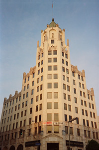 Hollywood Boulevard, 1987: First National Bank Building